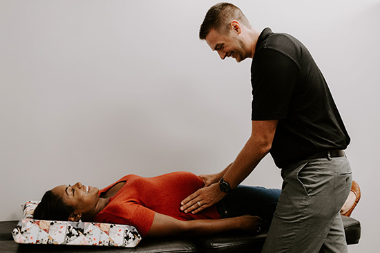 Chiropractic for pregnancy and newborns in Tulsa
